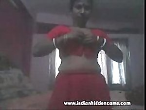 indian bhabhi mms stripping naked for a..