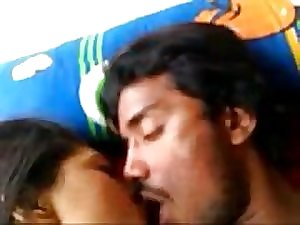Bangladeshi Beautiful Girls Sucking and..